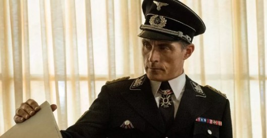 ManHighCastle3